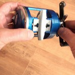 Vantage 300 multiplier reel strong one piece reel saddle