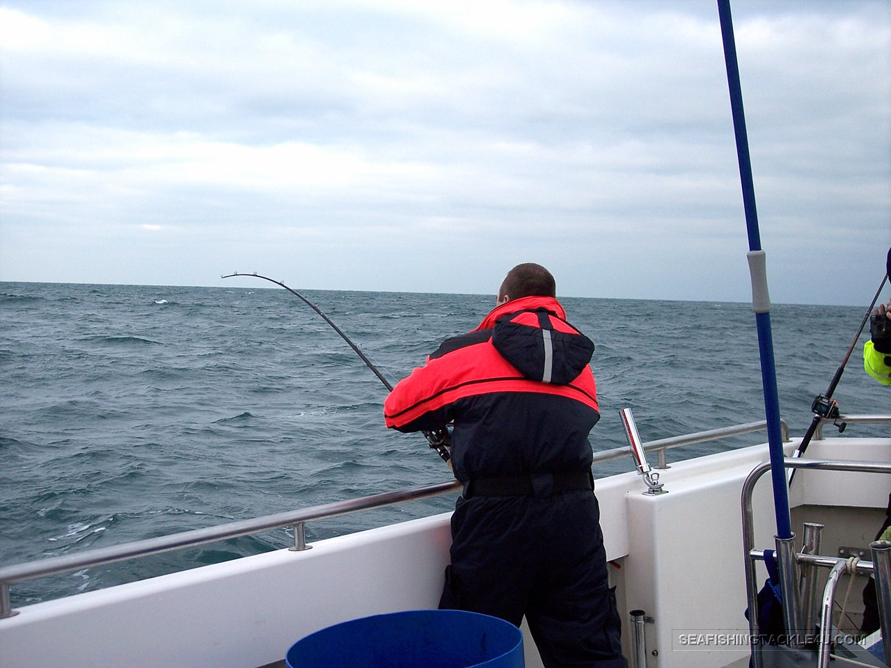 Sea fishing gallery sea fishing tackle and lure fishing for Ocean fishing gear